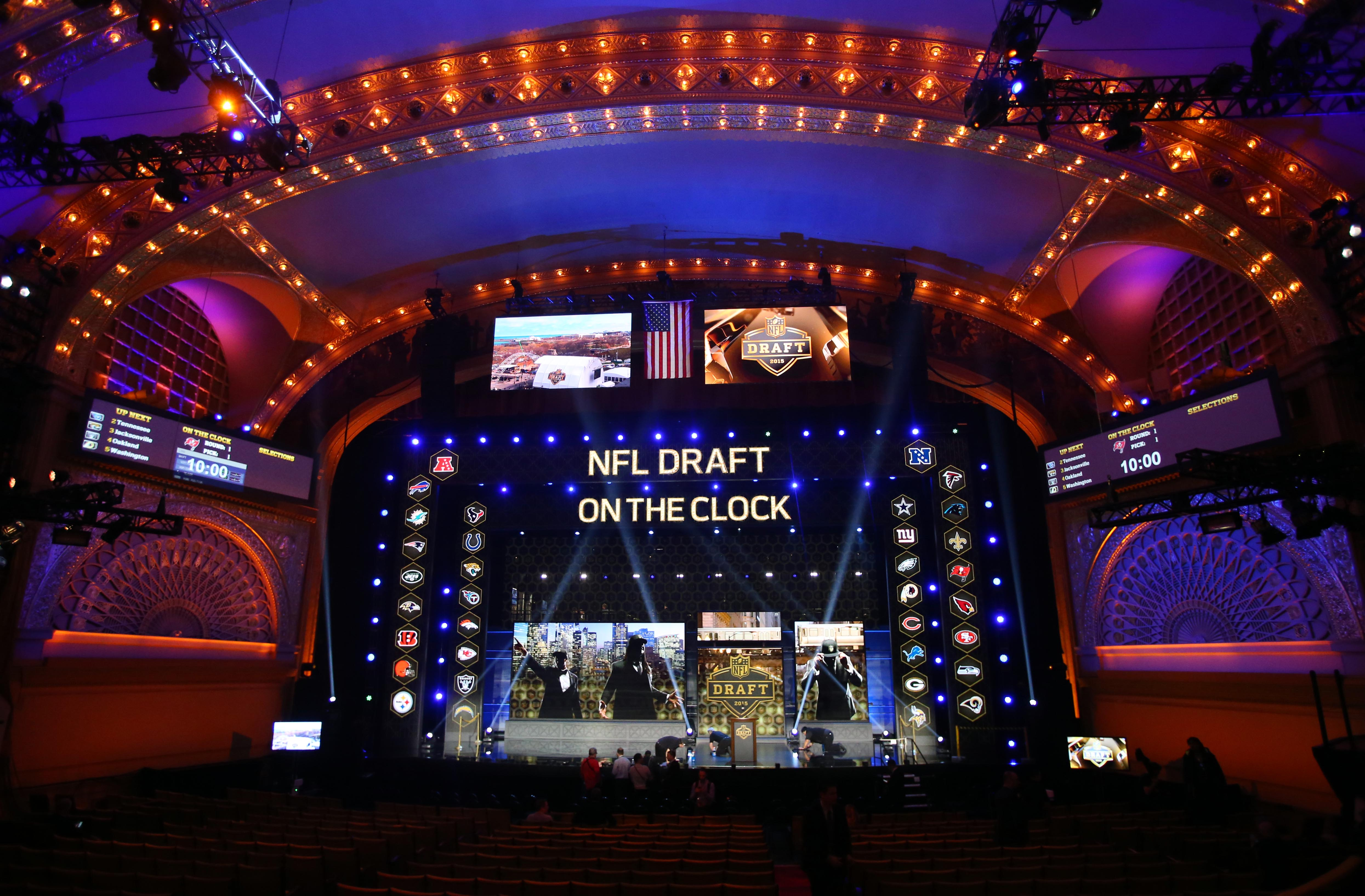 Dallas Cowboys 2017 NFL Draft  Seven Round Mock 9.0 56eb9e02924